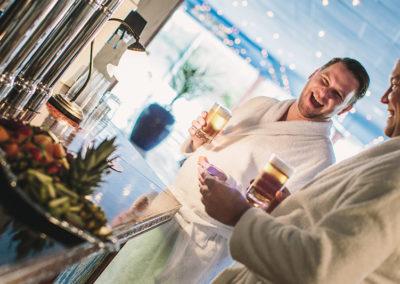 öl i poolbaren